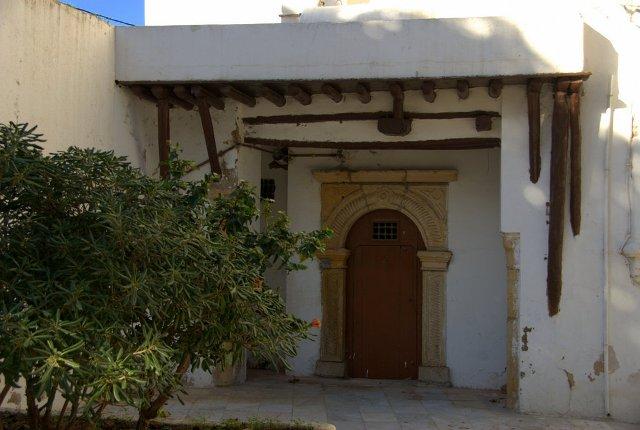 Cour intérieure maison traditionnelle