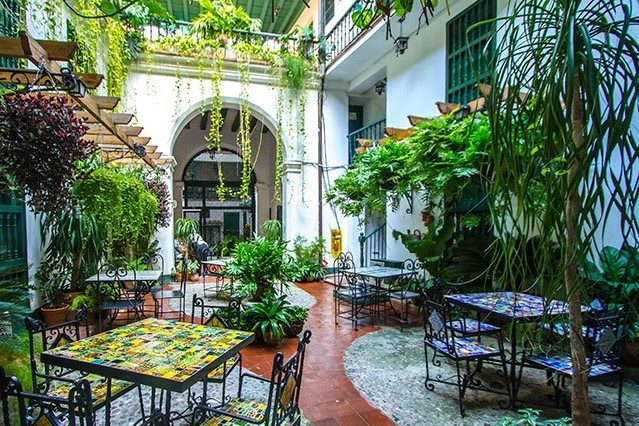 La Paella restaurant at Hostal Valencia in Old Havana © Cuba Absolutely, 2014