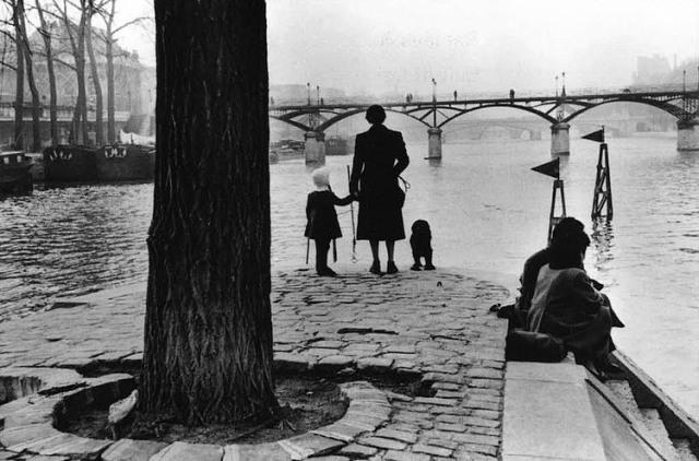 henri-cartier-bresson-pont-des-arts-1953[1]