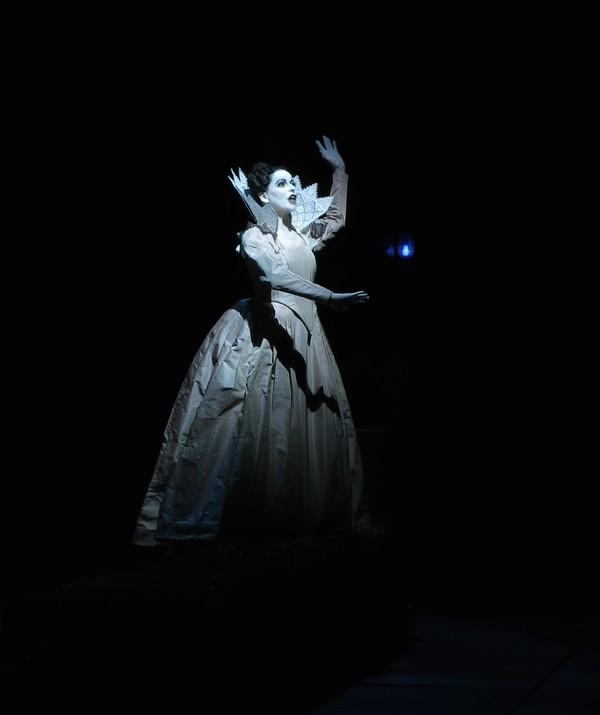 AmelBD-Amore-Garnier2014_display-Amore dans l'incoronazzione di poppea-mise en scène bob wilson